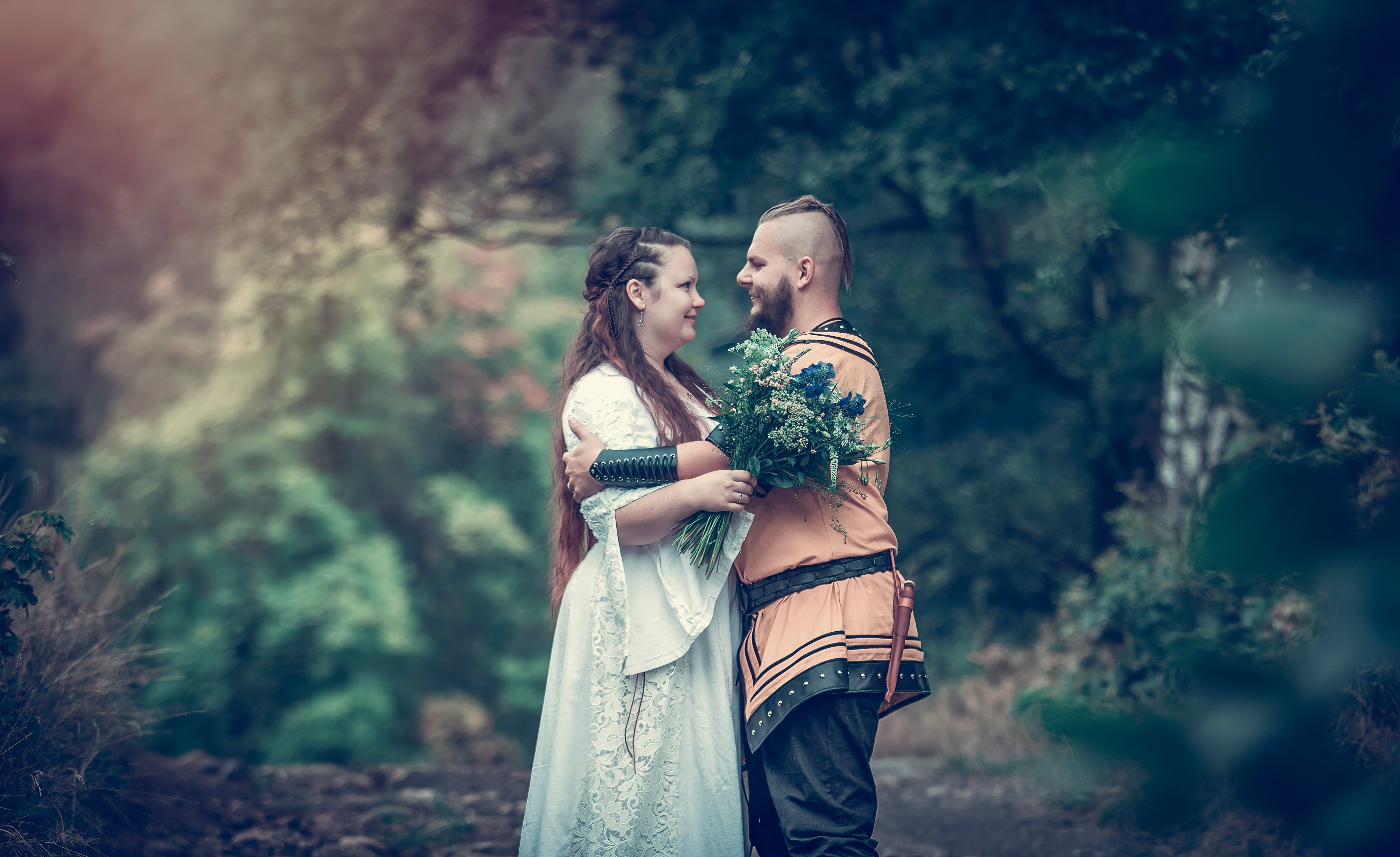 viking wedding, pair shooting, celtic wedding, non-traditional ceremon